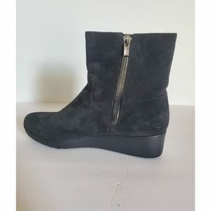 Cole hann suede Ankle boot Women's size 7B